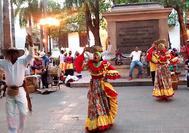 Tänzer in der Altstadt von Cartagena