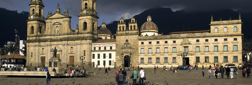 Kolumbien Geschichte | Plaza Bolivar Bogota